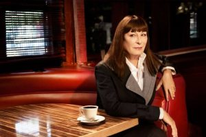 Anjelica Huston wants India to ban elephant rides