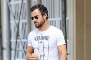 Justin Theroux fires back at neighbour