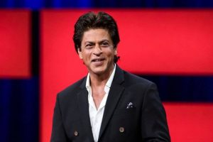 SRK celebrates Makar Sankranti on 'Zero' set