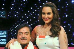 Sonakshi-Shatrughan Sinha to promote girl education
