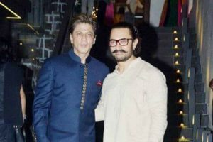 Aamir Khan compares Shah Rukh Khan's stardom and wardrobe to his