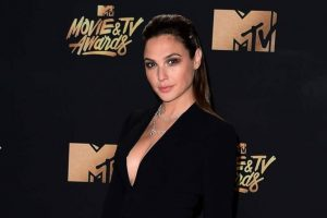 Gal Gadot to star as Wonder Woman again if Brett Ratner is out