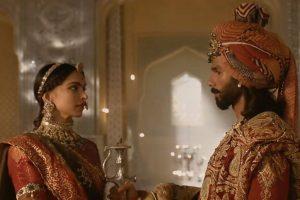 'Padmavati' song 'Ek Dil Ek Jaan': Deepika-Shahid's silent love a blissful journey to watch