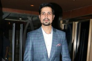 Bollywood is like a local train: Sumeet Vyas