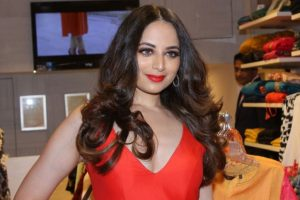 What will make Zoya Afroz join 'Bigg Boss'