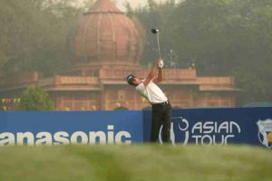 Panasonic Open India 2017: Ajeetesh Sandhu shoots 64 for opening day lead
