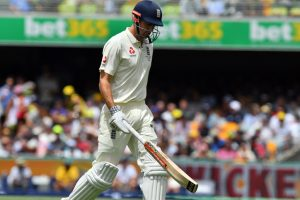 Ashes Test, Day 1: England steady ship after Alastair Cook departs early