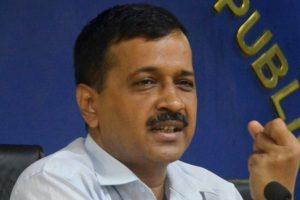 HC refuses stay in Kejriwal defamation case, issues notice