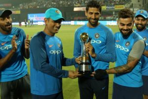 Ashish Nehra has been a great servant for Indian cricket: Virat Kohli