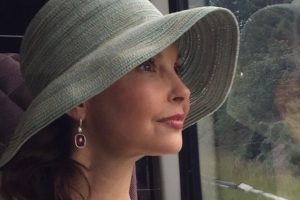 Ashley Judd to star in 'A Dog's Way Home'