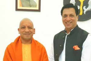 Madhur Bhandarkar meets Yogi Adityanath