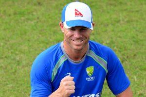 Despite stiff neck, David Warner determined to play first Ashes Test