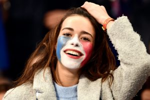 Bold and Beautiful: Football Fans