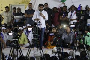 Gujarat polls: Cong plays Patidar quota gambit, Hardik declares support