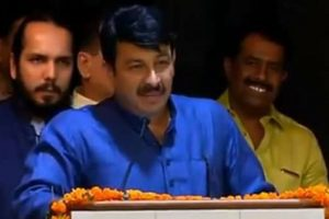 AAP 'B' team of Congress, says Manoj Tiwari
