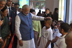 'Want to be a policeman', Jaipur foot benefactor tells Modi in Philippines