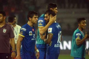Indian Super League: Mumbai City pip FC Goa 2-1