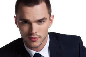 Nicholas Hoult cures hangover through cold water