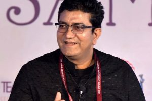 Prasoon Joshi not to attend JLF, sends out strong message