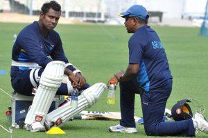 Rangana Herath out of Delhi Test, Jeffrey Vandersay in