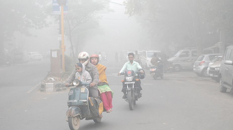 Delhi schools, Delhi Smog, Delhi air pollution, Schools reopen, Low attendance