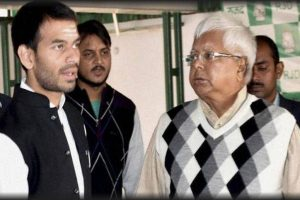 Tej Pratap meets father Lalu Prasad in Ranchi jail, accompanies him to court