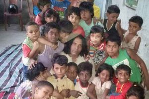 Transwomen turn teachers for Dalit children in Bengal