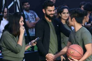 Kohli pushes cause of physical fitness, encourages kids to play outdoor sports