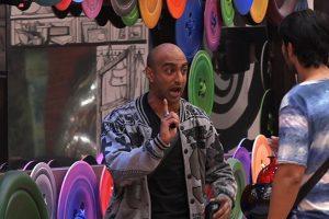 Bigg Boss 11 written update: Akash and Puneesh friends no more?