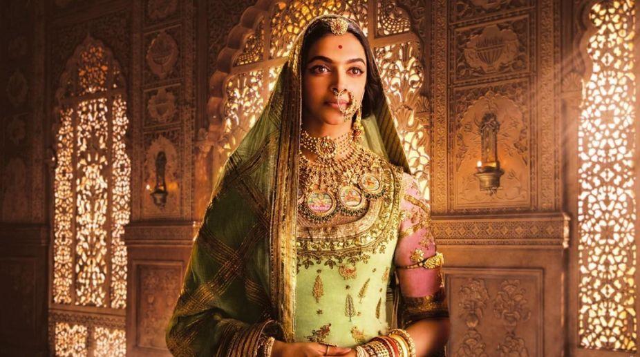Bengali film industry holds blackout against 'Padmavati' protests