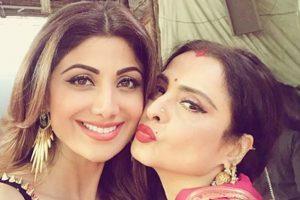 Rekha and Shilpa Shetty's PDA on Super Dancer; see pics