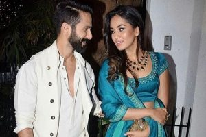 Shahid Kapoor and family return to Mumbai
