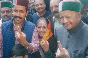LIVE Himachal Pradesh Assembly Elections 2017: 13.7% voting in first two hours