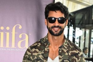'Hate Story 4' is not just about intimate scenes: Karan Wahi