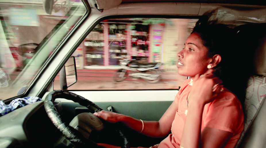 Women empowerment, Driving with Selvi, Elisa Paloschi