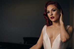Sharna Burgess defends Nick Carter