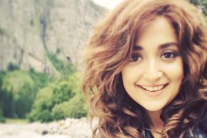 Remix songs should improve on the original: Monali Thakur