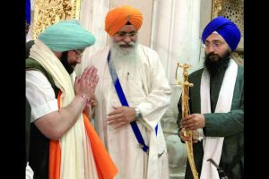 Amarinder visits Patna on Guru Gobind's 350th anniversary