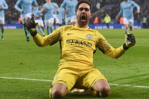 Carabao Cup: Manchester City beat Leicester City in penalty thriller