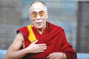 Dalai Lama offers prayers for world peace at Bodh Gaya