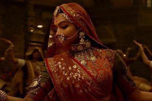 B-town welcomes SC's stay on 'Padmaavat' ban