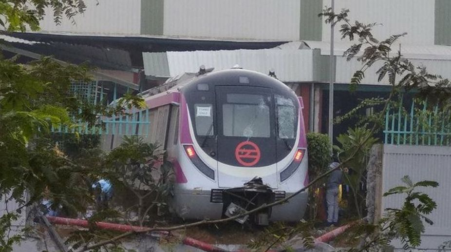 Delhi Metro, Magenta Line, Kalindi Kunj Metro depot, magenta line accident, Delhi metro accident
