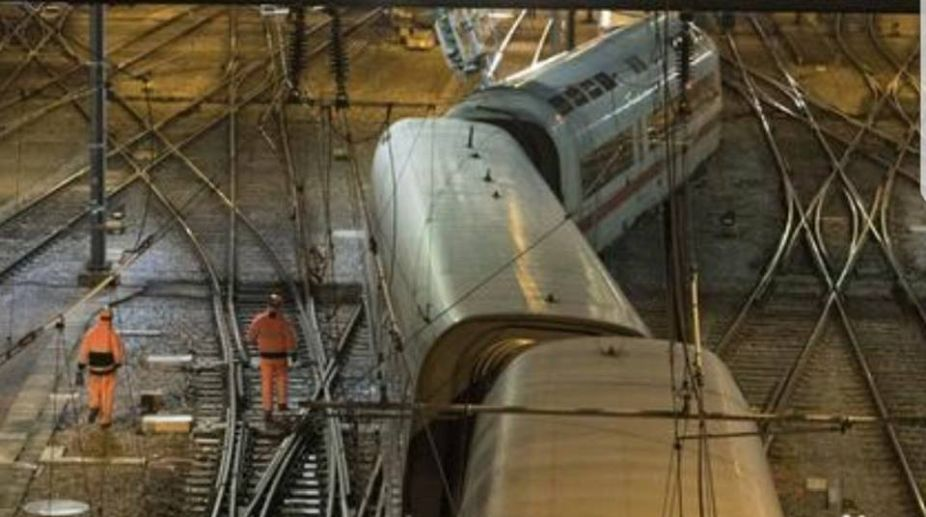 Germany train collision, two killed, Germany, train collision