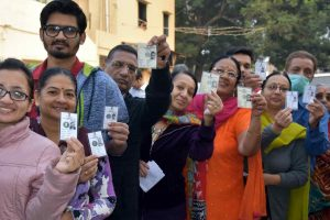Gujarat Elections 2017: Ahead of counting, BJP, Congress claim Gujarat win