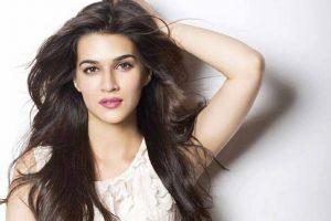 Kriti Sanon to walk for Tarun Tahiliani at Lakme Fashion Week
