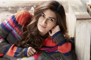 Kriti to perform at kids award show