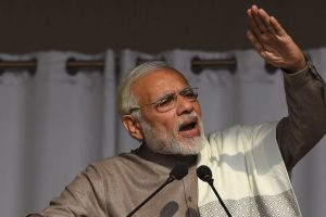 I am an outsider in politics, says PM Modi