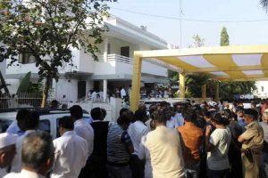 Gujarat Deputy CM controversy refuses to die down