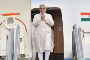 Ockhi: PM Modi holds meeting with officials in Lakshadweep