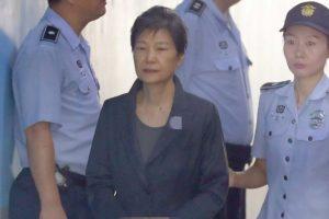 South Korea's ex-Prez Park 'took money from spy agency'